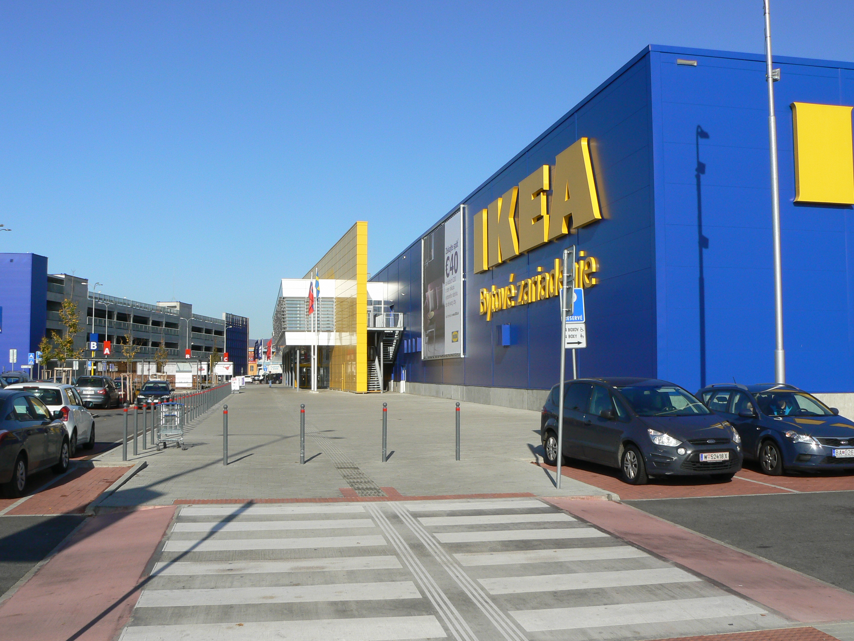 Reference. IKEA Bratislava – shopping centre extension 09cc7f756b8
